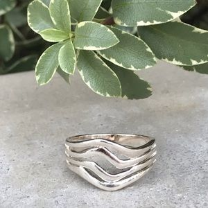 STERLING silver RING waves band diamond SZ 8 LOVE